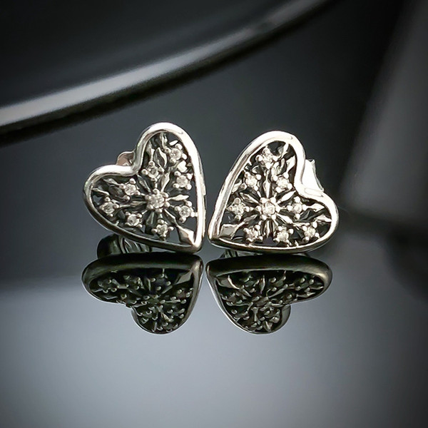 Orecchini inverno cuore di Pandora in argento 925 con diamante della CZ a forma di cuore con eleganti gioielli orecchini box originale signore