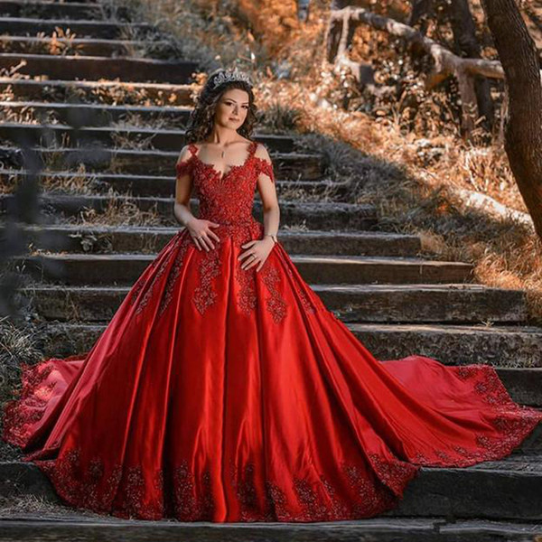 2020 Red Ball Gown Wedding Dress Arabic Beaded Lace Appliques