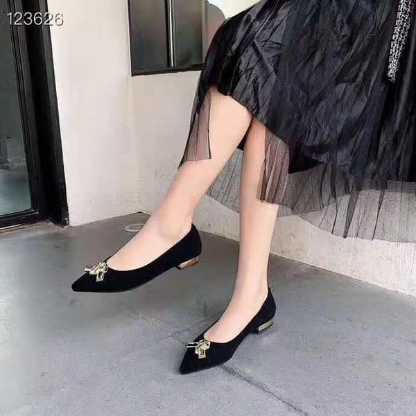 İlkbahar ve Sonbahar bayan Ayakkabıları Tasarımcı Deri Sivri Düz bayan Ayakkabıları Elbise Rahat kadın Rahat Ayakkabılar 35-40 Boyutu F055AI0 Yeni