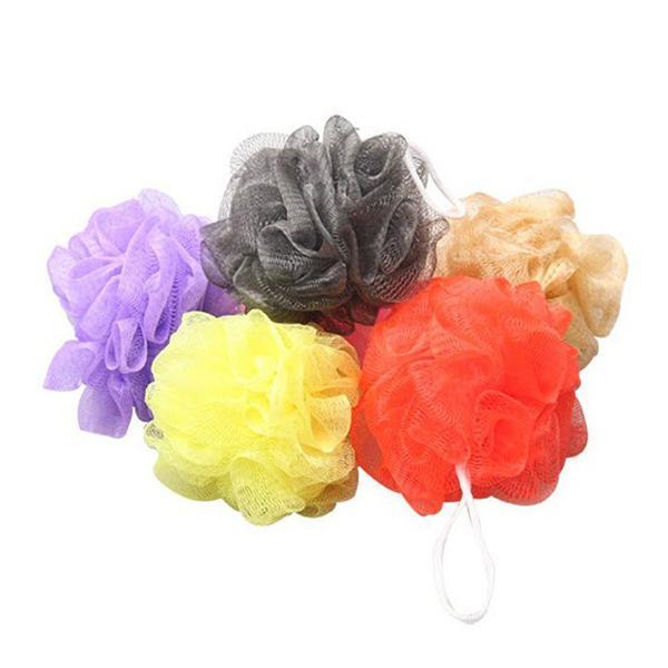 Venta al por mayor-10pcs Baño Ducha Cuerpo Exfoliar Puff Esponja Malla Net Candy Colors Malla Esponja Soft Bath Brush Esponjas Scrubbers (Color aleatorio)