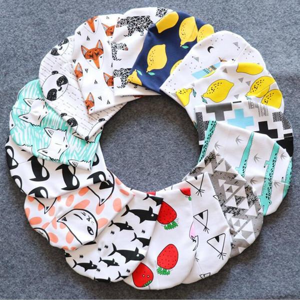 Bebé Ins Sombreros Niños Niños Gorro de dibujos animados Gorrita Animal Impreso Floral Infantero algodón panda tigre sombreros Niños pequeños Capas de primavera LT550