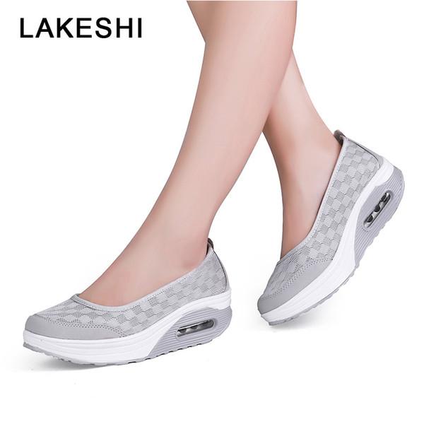 Großhandel 2019 Sommer Frauen Sandalen Atmungsaktives Mesh Frauen Sommer Schuhe Mode Plattform Schütteln Schuhe Damen Sandalen Keile Für Von