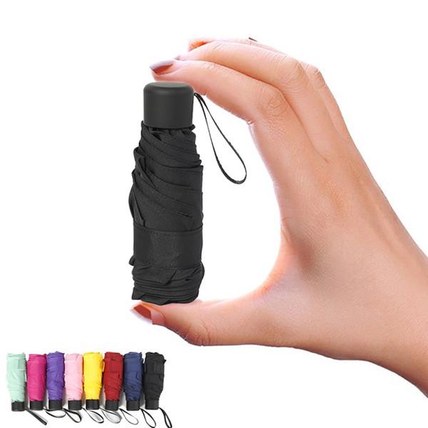 Ombrello tascabile anti-UV Pieghevole Mini Pocket Parasole Ombrello Ombrello portatile da viaggio impermeabile Ombrello piccolo 180 g per le donne