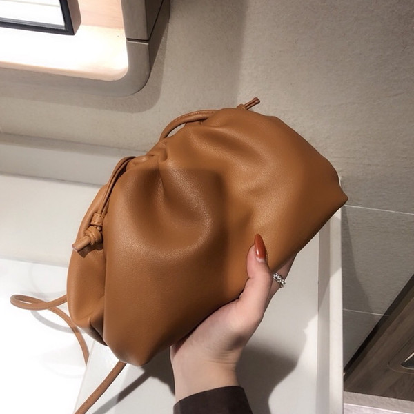 top popular Classic Designer Handbags Cloud Shape Magnet Ladies Evening Bags Clutch Women Pouch Genuine Leather Handmade Girls Handbag Crossbody Totes 2020