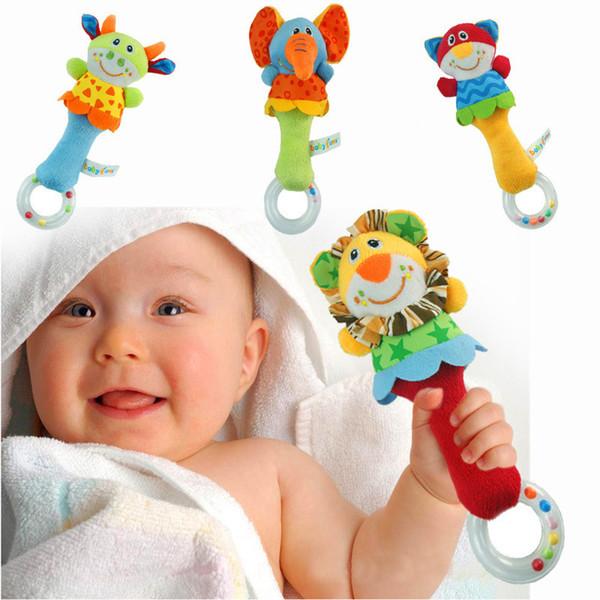 juguete infantil del traqueteo del bebé palo de la mano del anillo transparente mordedor sonajero bebé lindo suave Campanas traqueteos niña Cochecito de Bell del juguete de 4 colores