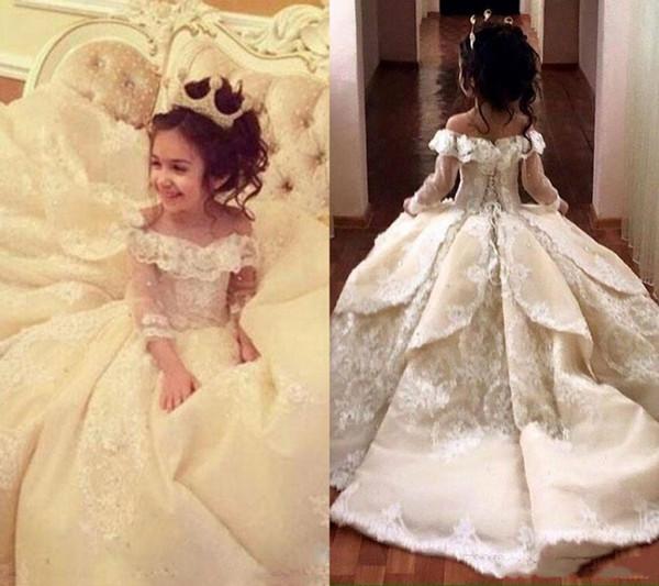 Omuz Uzun Kollu Dantel A Hattı Çiçek Kız Elbise Dantel Aplike Katmanlı Ruffles Kat Uzunluk Kız Yarışması Elbise Kapalı