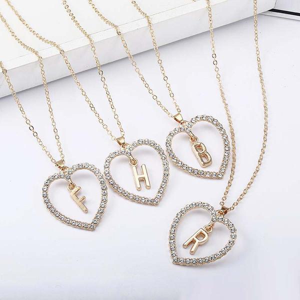 Collane del pendente della lettera iniziale di cristallo di lusso per le donne Cuore vuoto di amore 26 Monili di fascino di catene d'oro di alfabeto