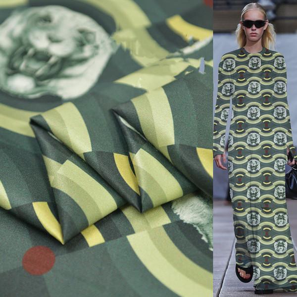 Kaplan kafası baskılı gerçek ipek pamuk saten ipek elbise moda tasarımcısı kumaş retro moda rahat nefes