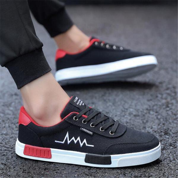 Sapatos masculinos 2019 nova moda casual estudantes preto placa sapatos homens tendência de tênis de lona respirável zapatos hombre