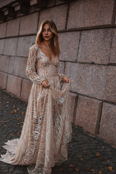2019 Handmade Long Sleeves Prom Dresses Applique High Split Deep V Neck Lace Evening Dresses Junior Skinny Girl Party Gowns Bridal Gowns