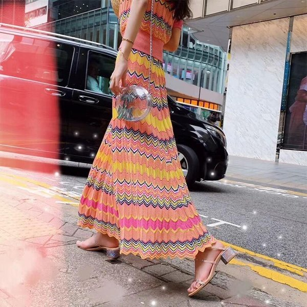 2019 женщина летние платья женщины из двух частей наряды спортивный костюм V-образным вырезом полоса топ + пол-длина платье вязать 2 шт. комплект женской одежды до н. э.-8