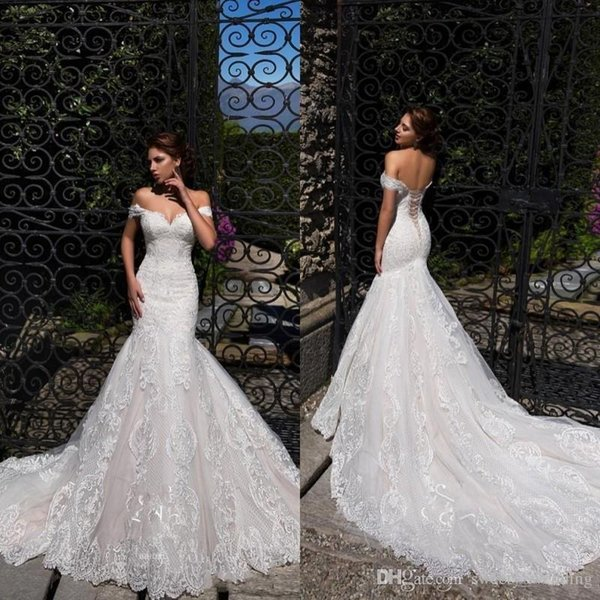 top popular Vintage Off Shoulder Mermaid Wedding Dresses 2019 Full Lace Appliqued Sweetheart Corset Back Bridal Gowns Beach Wedding Gowns 2019