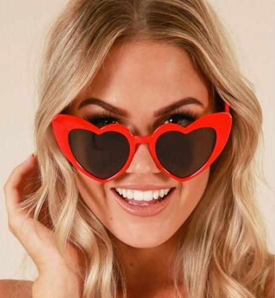 2018 Ladies Heart Shaped Sunglasses Liebesherz Sonnenbrille Frauen Katzenauge Vintage Markendesigner Female Shades Lady Sunnies