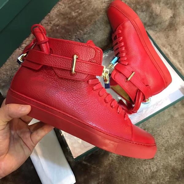Top New Designer Homens Sapatilhas Pretas de Couro Da Moda Dos Homens Confortáveis Casuais Sapatos Baixos sapatos altos Bloqueio sapatos Vermelho / preto / Branco eu46
