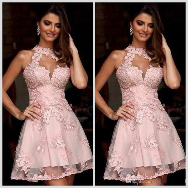 Vestidos de cóctel semi formales 2019 New Illusion Cuello alto Blush Pink Lace Vestidos de fiesta Vestidos de fiesta Vestido de fiesta Vestido corto sin mangas