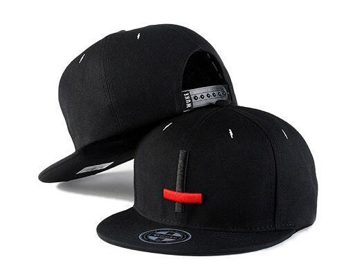 2019 nouvelle mode transfrontalière coréenne chapeaux hip hop chapeaux plat de hip hop tendance chapeau à bord croix casquettes de baseball brodées gros