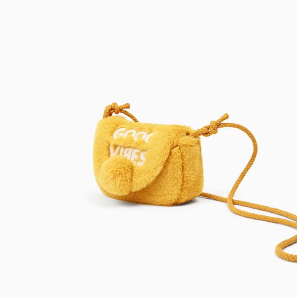 Borse per bambini Moda magnetica con tracolla Lettera stampa Shell Forma Borse a tracolla sacchetto di pelliccia artificiale ragazza peluche Borse a tracolla GGA1674