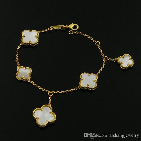 Nouveau bracelet de style Clover pour les cadeaux d'anniversaire pour femme et homme CoB8 Fashion avec quatre couleurs