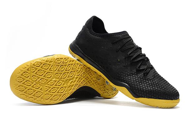IC giallo nero
