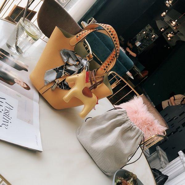 En kaliteli marka moda lüks tasarımcı çanta kadın omuz çanta cüzdan gerçek deri crossbody çantası yeni kadın cüzdan PARİS 20 * 23cm
