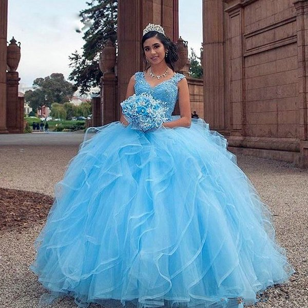 Lovely Blue Puffy Quinceanera Dresses Sweet 16 V-neck Lace Appliques Sequin Bead Ruffles Prom Dresses Tiered Skirt Tulle Party Pageant Gowns