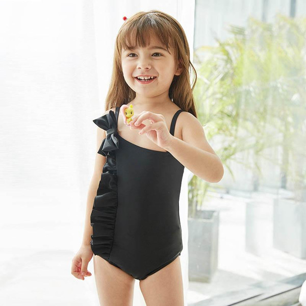 top popular Sweet bows kids summer clothes girls swimwear kids swimwear One-piece girls Bikinis Kids Bathing Suits Child Sets Beachwear Swim Suits 2021