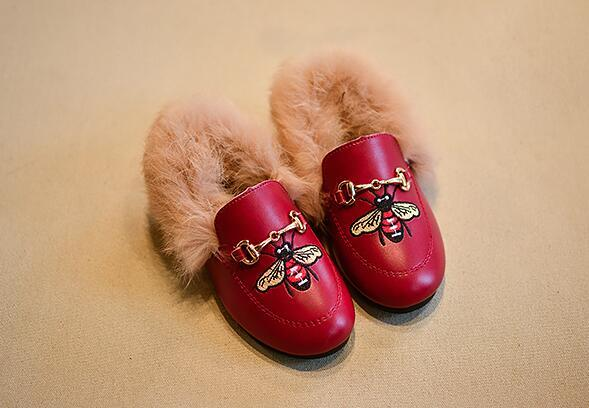 top popular Faux Fur Girls embroidery Child Girls Plush Velvet Loafer Shoes Baby Girls Princess Party Shoes kids Pu Shoes 2021