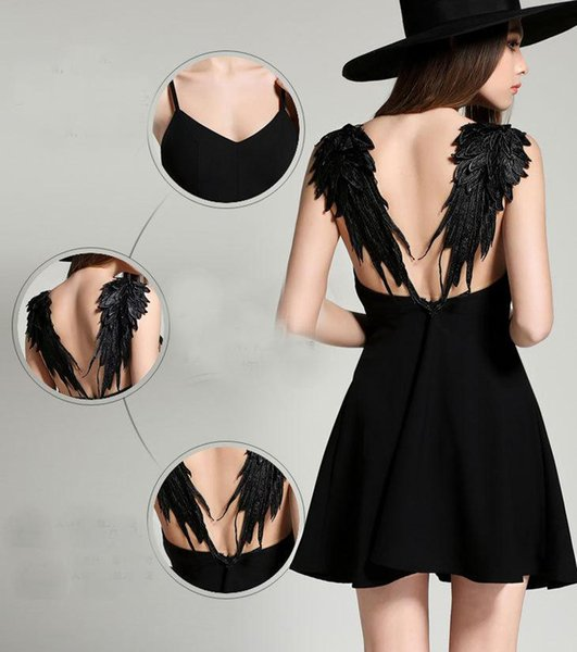 2019 Hot Sale Sexy Lace Backless Dress Hollow Out Wing Short Dress White And Black Evening Dresses For Girls Ladies Party Dress wholesale