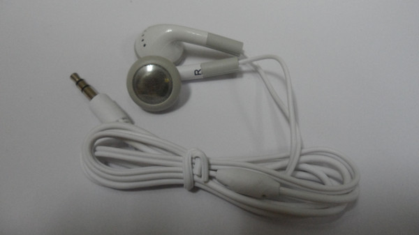 3.5mm Jack auricolare in-ear Cuffie stereo Cuffie Auricolari per iphone4s Ipod Itouch