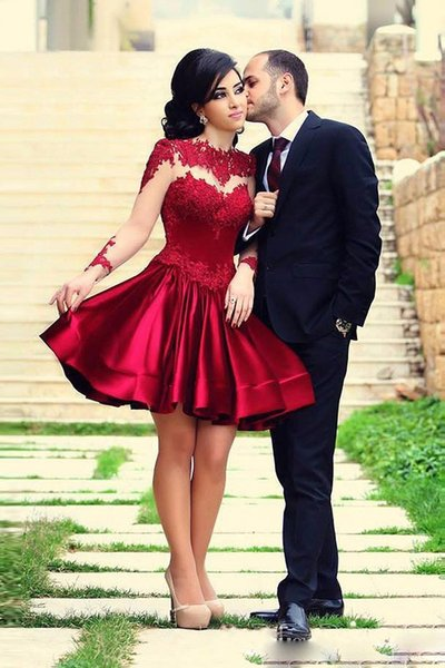 Short Burgundy Formal Homecoming Dresses Deep Red Lace Applique Crew Neck Tulle Long Sleeves Satin A-Line Knee Length Cocktail Gowns