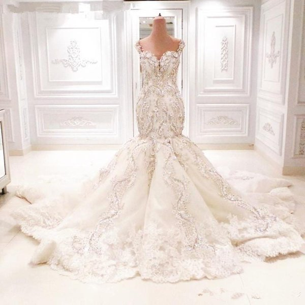 2019 Michael Cinco 20 Sparkly Lace Mermaid Wedding Dresses Cathedral Train 3D Floral V-neck Backless Dubai Arabic Fishtail Bridal Gown