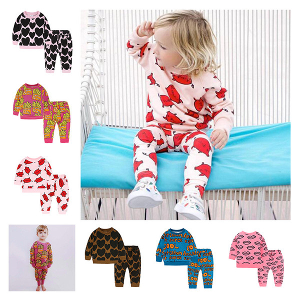 INS Baby Boys Girls Sports Clothing Set Cartoon Lips Pigs Frites Letter Heart Printed Long Sleeves T-shirts+Pants 2PCS Kids Autumn Tracksuit