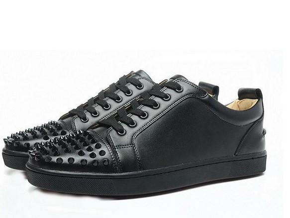 YENI 2019 Tasarımcı Ayakkabı lace up Deri low cut Spike ayakkabı erkekler için süet sneakers Düşük yardım alt düz ayakkabı