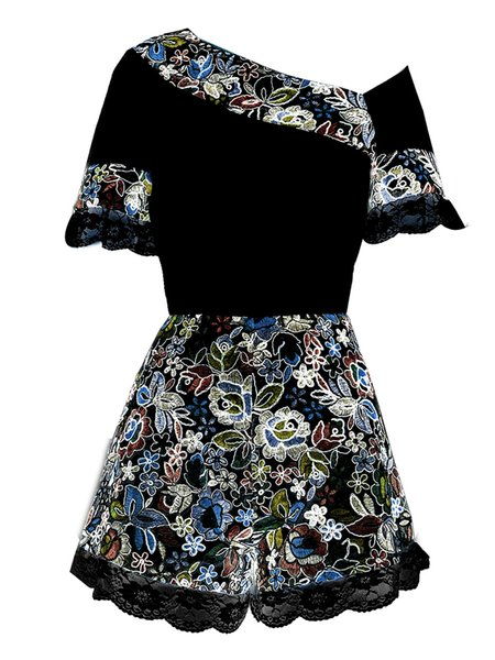 2019 Summer Black and White Chic 2 Pcs Set Flowers Embroidery Lace Patchwork One Shoulder Blouse Top + Matched Shorts Lady Suits