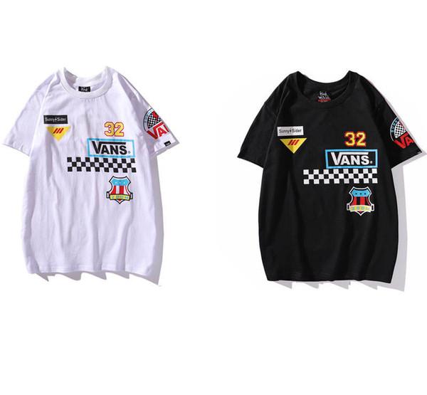 Erkek Tasarımcı T Shirt Yaz Moda Baskılı Üstleri Tee Marka Erkek Sokak Stil Eğilim Gömlek Erkekler Lüks Gevşek Giysiler Boyutu M-2XL