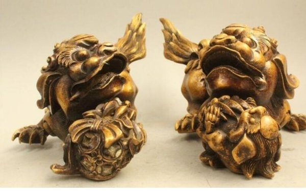 NEW China Chinese Folk Fengshui Bronze Lion Foo Dog Son Ball Statue Sculpture D0317