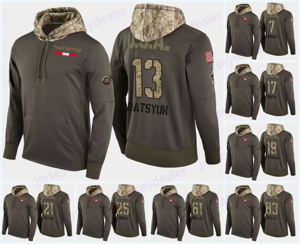 Detroit Red Wings Military Camo Hoodie Флаг США 71 Дилан Ларкин 19 Стив Айзерман 20 Dan Ренуф 47 Libor Сулак 59 Tyler Bertuzzi