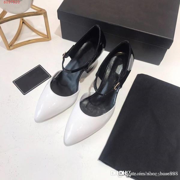 Passarela de primavera com sandálias Fácil de usar após a alça de puxar Baotou Genuine Leather Work sandálias de estilo de negócios