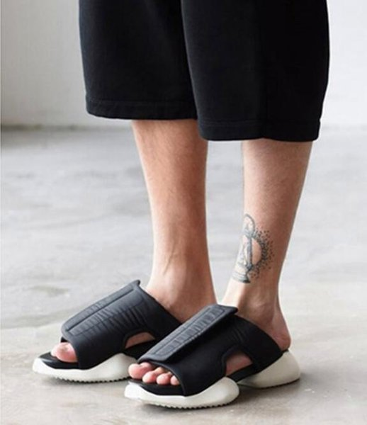 Fashion 2018 Mens Runway Beach Sandals Cutout Black Casual Cool Sandals Summer Platform Mens Gladiator Mujers Big Size44