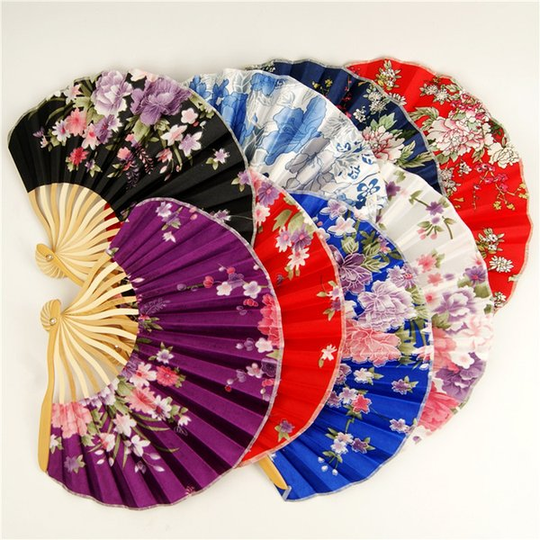 Fans Chinese style cherry blossoms and Chinese style cherry blossoms with classical small cloth fans for wedding party decoration in summer