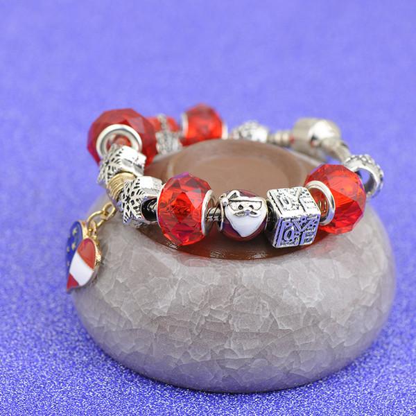 2019 Golden Heart Pendants Charm Bracelets Fit Pandora Boy Girl Red Crystal Glass Beads Snowflake Santa Claus Silver Jewelry Christmas P106
