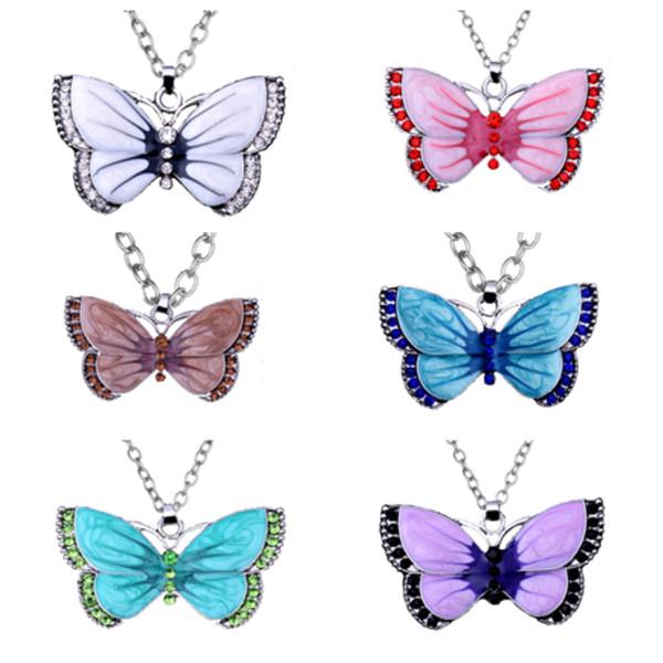 Nouveau Vintage papillon collier en alliage long collier Pendentif Colliers robe accessoires femmes papillon bijoux Party Favor T2C5056