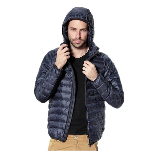 NUEVO 2019 otoño e invierno de los hombres fina calidad delgada y ligera informal con capucha abajo chaquetas marca hombres cómodos abajo abrigos