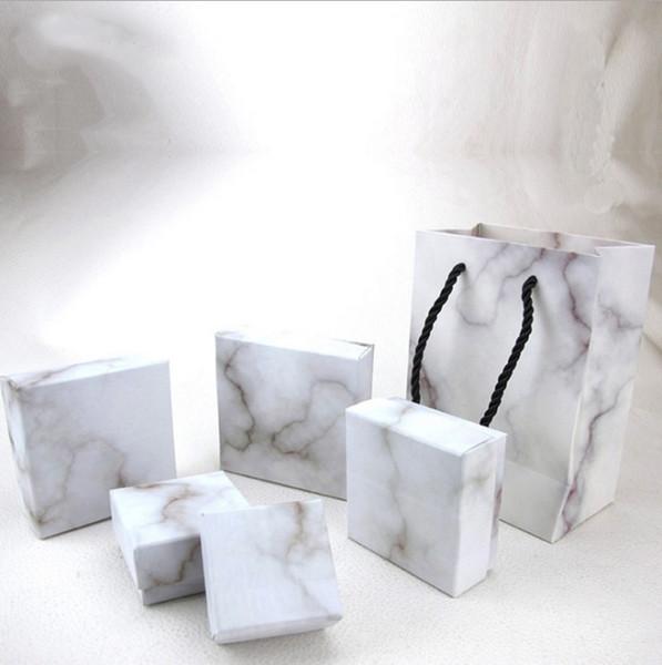 NUOVO Marmo Confezione di gioielli Orecchini Orecchini Anelli Collane Scatola di gioielli Scatola all'ingrosso stampabile Logo 8 TAGLIA