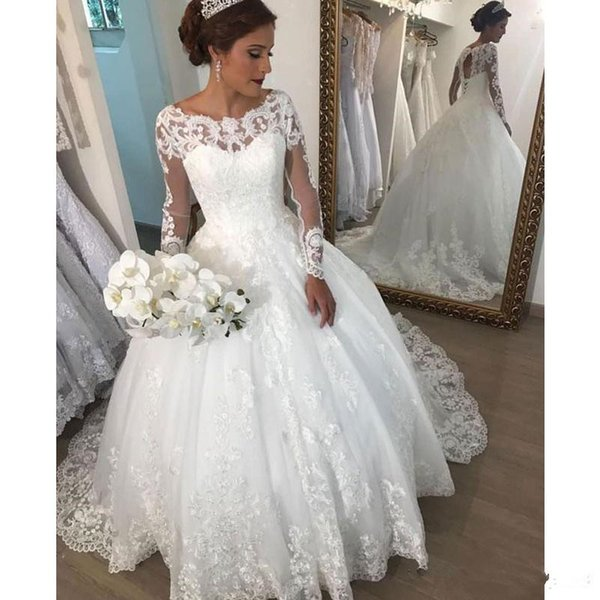 Discount Elegant Scoop Neck Long Sleeve Ball Gown Wedding Dress Open Back Lace Up Robe De Mariee With Lace Appliques Bridal Gowns Fitted Lace Wedding