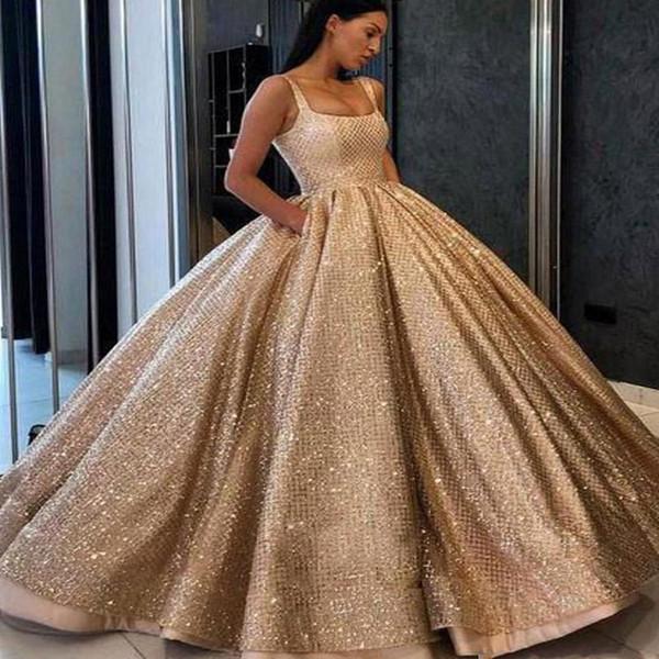Vestido De Primeira Comunhão Simples Ouro 2019 Novo Lindo Vestido De Baile Quinceanera Vestidos De Cintas De Espaguete Até O Chão Lantejoulas Prom