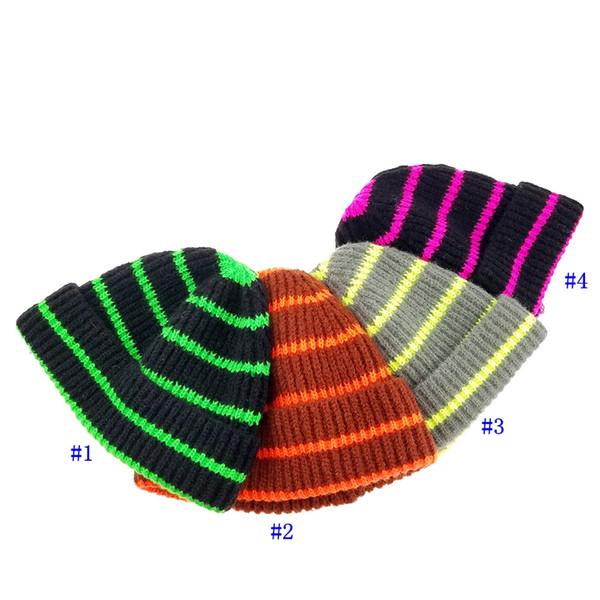 Cappelli autunno e inverno per bambini Cappelli caldi per esterno in lana lavorata a maglia Cappelli natalizi per feste da clown a righe natalizie MMA2350