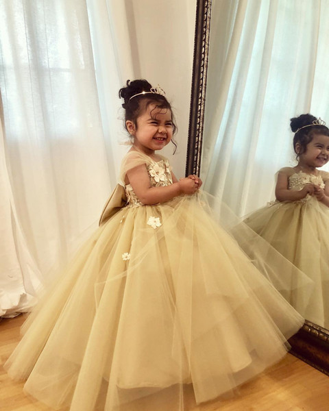 New Cheap Flower Girls Dresses Ball Gowns Puffy Skirt Jewel Lace Appliques Tulle Stain With Big Bow Zipper Birthday Party Dresses