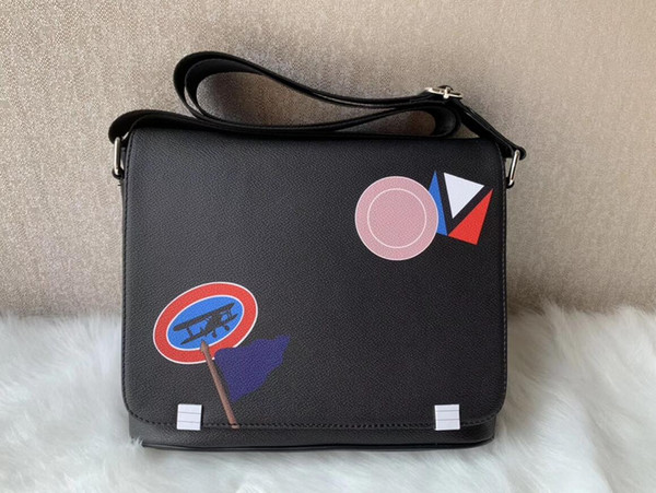 2020 nouvelles célèbre marque classique designer de mode Hommes sacs de messager en cuir sac bandoulière sac à bandoulière bookbag école porte-documents 28CM