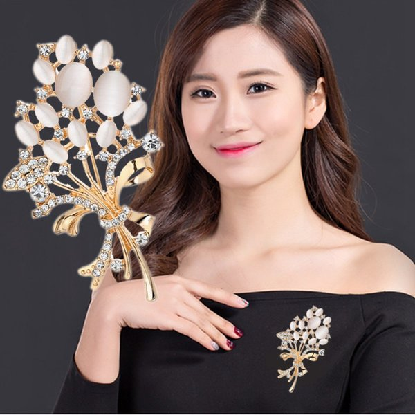 Free Fan Opal Flower Rhinestone Women Brooch Pins Luxury Large Brooches Broches Garment Shirt Collar Gift For Women Accessories
